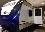 2018 25RK Radiance- Clearance priced at only $29900.00!!