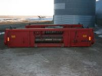 Combine Headers MF 9700 pickup table c/w super 8 pickup
