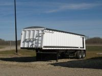 Trailers 2012 CASTLETON TANDEM GRAIN TRAILER