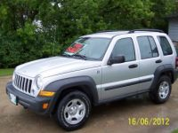 SUVs 2007 Jeep Libert Sport