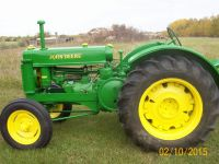 Antique Machinery 1944 JOHN DEERE TRACTOR