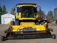 Combines 2004 NEW HOLLAND CR 970