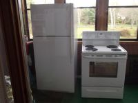 Major Appliances Refrigertor and stove for sale