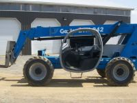 General Equipment 2007 GENIE GTH842 - Articulated Boom Telehander (canada-us)