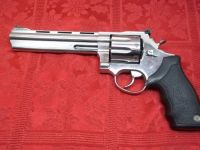 Guns & Hunting Supplies Taurus Model 608