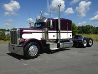 Highway Trailers 2007 Peterbilt 379 CAT 550HP