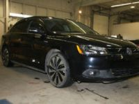 Cars 2011-Current 2013 Volkswagen Jetta Hybrid/Electric - Full Throttle