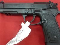 Guns & Hunting Supplies NIB Beretta 96A1 40 S&W Pistol 96-A1