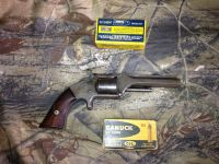 Guns & Hunting Supplies 32 smith & wesson