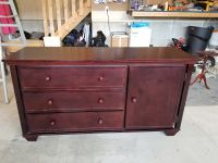 Furniture Change table / dresser