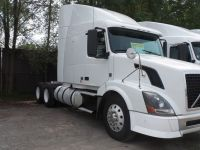 Tractor Units 2012 VOLVO VNL64T 630