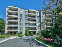 Houses For Sale Spacieux Condo for sale - Montreal (Saint-Laurent)