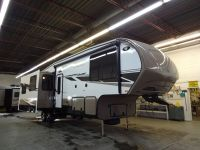 5th Wheel 2013 Cruiser 34SS- Kehoe RV- Saskatoon,SK