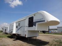 5th Wheel 2005 Titanum 28E33TS