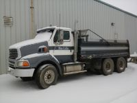 Commercial Trucks 1999 Sterling CAT 3406