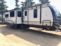 Travel Trailers 2018 Radiance Ultra-Lite 32BH- Clearance priced at only $33900!