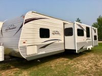 Travel Trailers 2013 Jay Flight 33BHTS