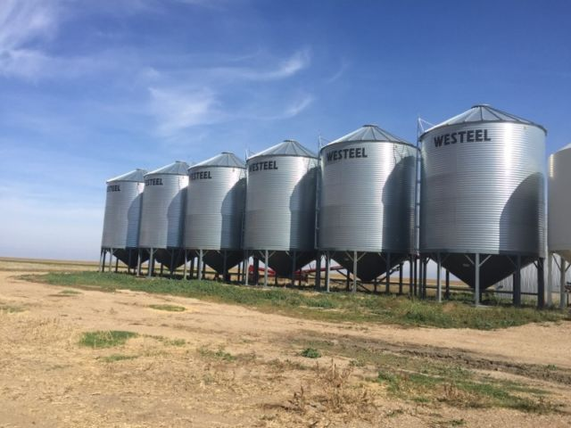 Air Conditioner Rental >> 6 x 1805 Westeel Hopper Bins in RADVILLE SK | Grain Bins