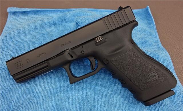 Glock 21 Austria 45 Auto In Montreal Qc Guns Amp Hunting