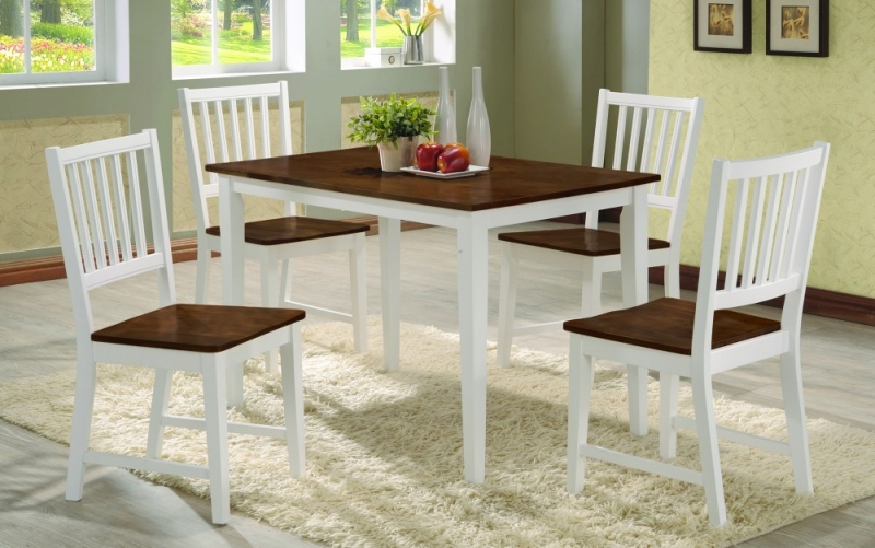 Beautiful solid wood 5 pcs dinning set free delivery in for Home decor yorkton