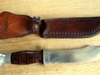 BEAUTIFUL HAND MADE HUNTING KNIFE