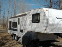 28' fifth wheel-MOVING MUST SELL