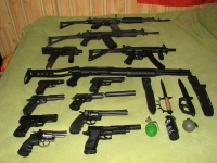 Airsoft rifles and BB guns for sale